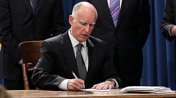 Gov-Brown-Signing-Bill